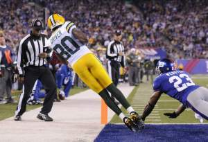 Donald Driver taps his toes in one of the brighter moments of the Packers/Giants rivalry.